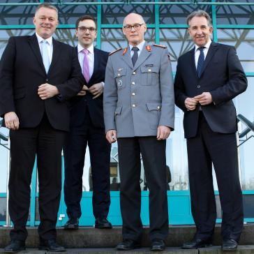 Matthias Lammert / Gordon Schnieder: Die Bundeswehr gehört zu unserer Gesellschaft