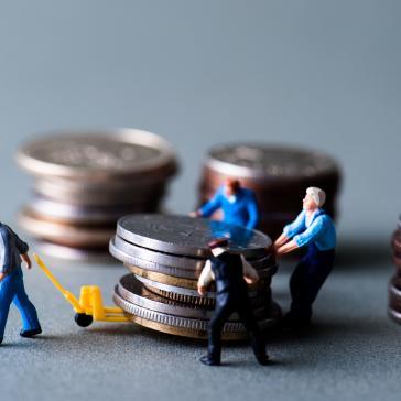 Viele fleißige Helfer arbeiten an unserer Wirtschaft